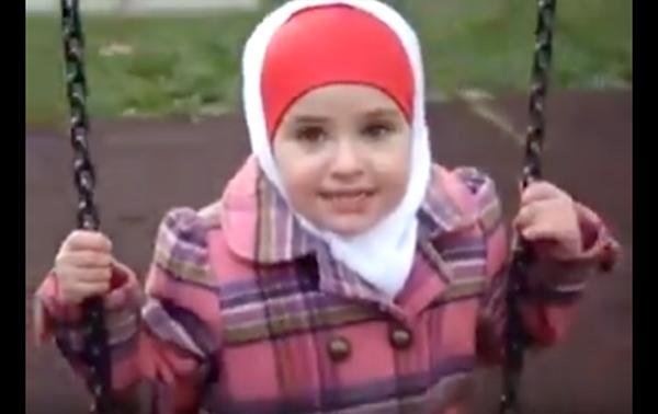 หนูน้อยมุสลิม 3 ขวบ อ่านอัลกุรอานซูเราะห์ อัต-ตีน (ชมคลิป)